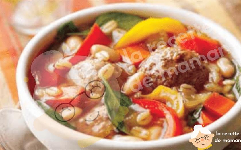 Soupe aux boulettes de viande à l'italienne